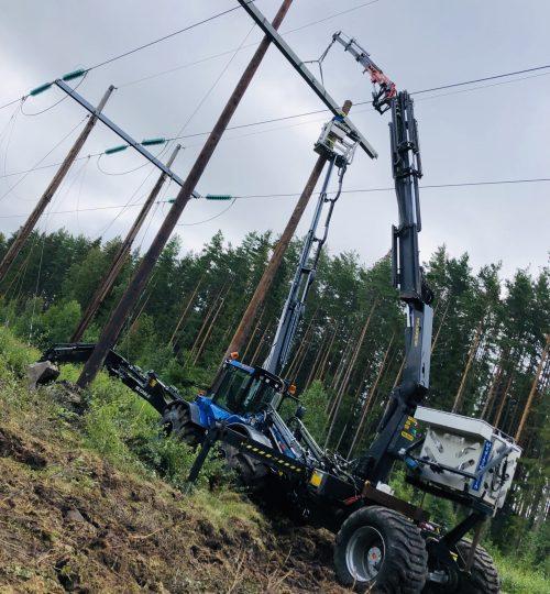 Huddig 1260C Palfinger kran 130kV kraftledning linjejobb